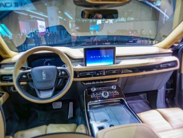 2020 Lincoln Aviator interior