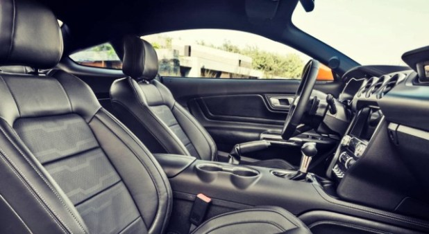 2020 Ford Mustang Shelby GT500 interior