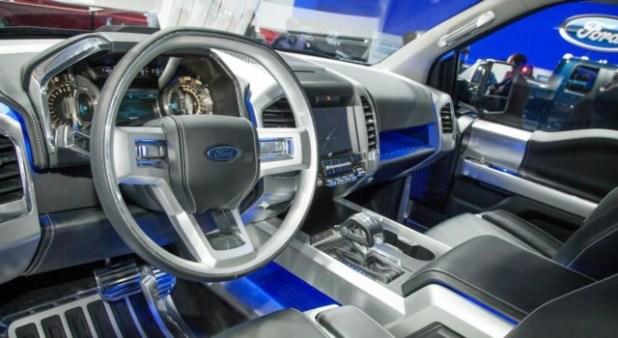 2019 Ford F-150 Atlas steering wheel