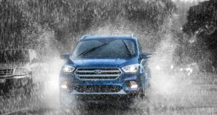 2020 Ford Escape front end