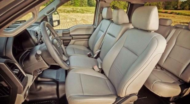 2020 Ford Super Duty interior