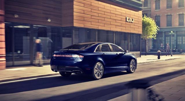 2020 Lincoln MKZ exterior