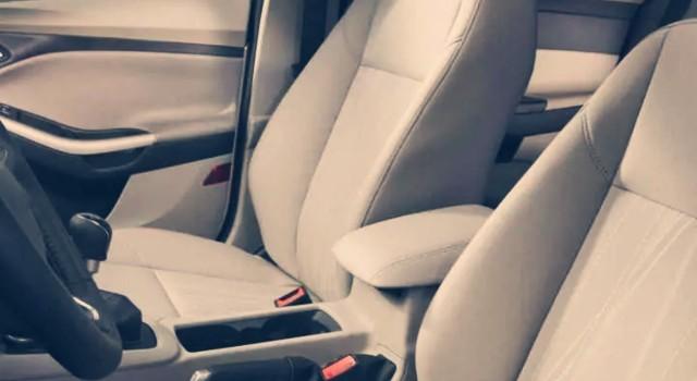 2020 Ford Focus Hybrid interior