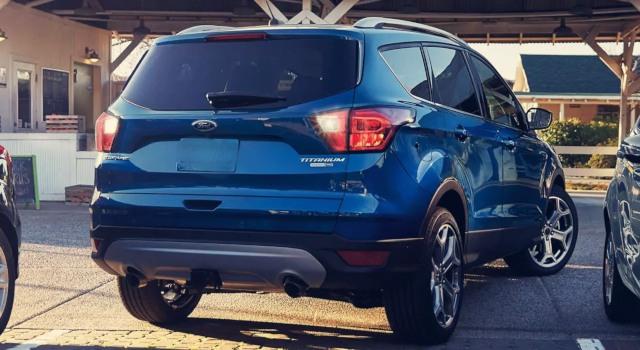 2020 Ford Escape Titanium colors