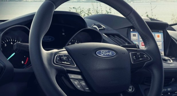 2020 Ford Escape Titanium interior
