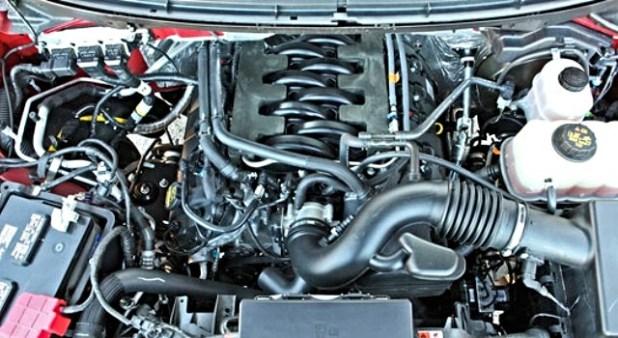 2020 Ford F-150 Platinum engine