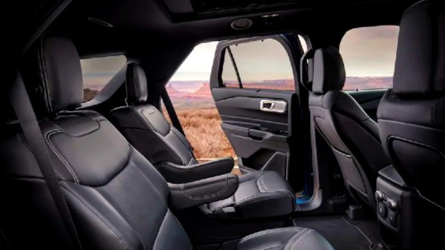 2021 Ford Explorer Hybrid interior