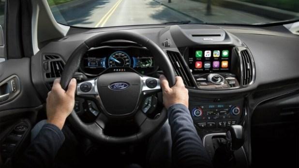 2021 Ford C-Max interior