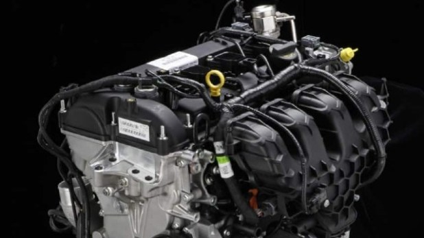 2022 Ford Courier engine