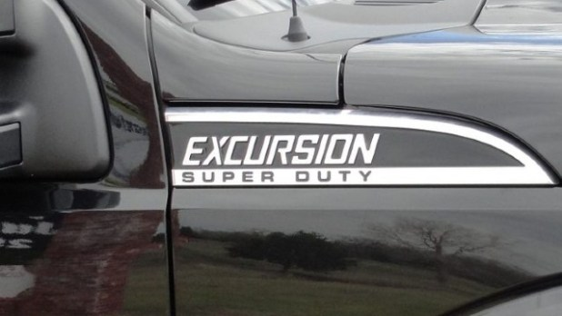 2022 Ford Excursion release date