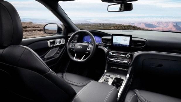 2022 Ford Explorer ST interior