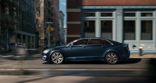 2022 Lincoln MKZ Reserve