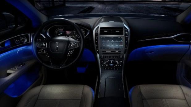 2022 Lincoln MKZ interior