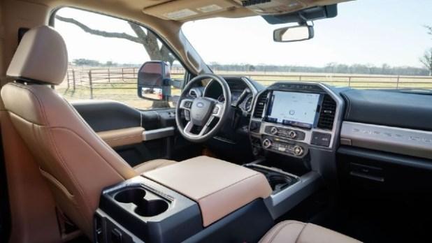 2022 Ford F-250 Lariat interior