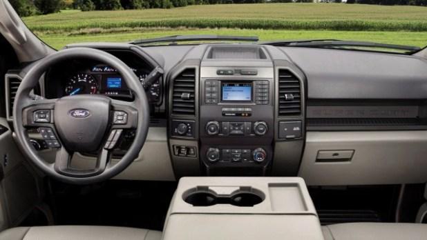 2022 Ford F-550 interior