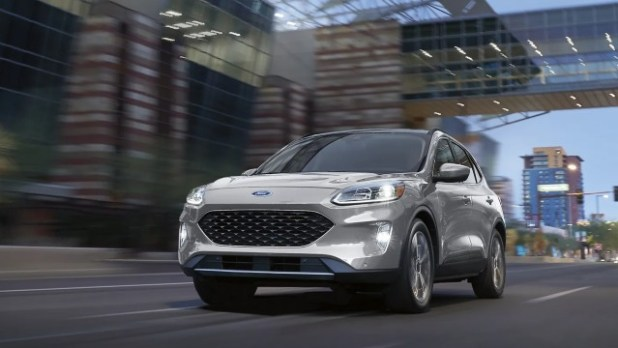 2022 Ford Escape Hybrid Titanium