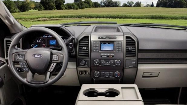 2022 Ford F-600 interior