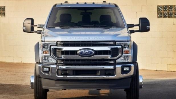 2022 Ford F-600 truck