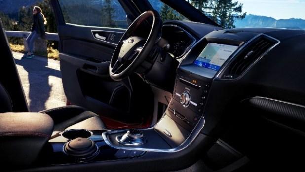 2022 Ford Galaxy interior