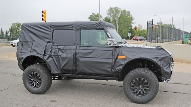 2023 Ford Bronco Warthog spied