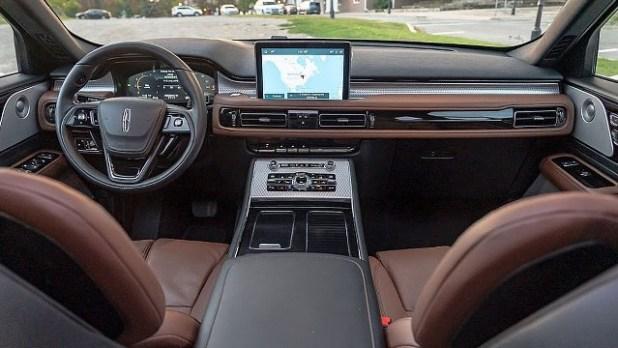 2023 Lincoln Aviator interior