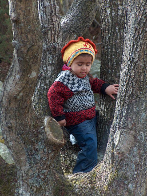 Gabriela var ei aktiv jente, som gjerne utforsket omgivelsene rundt seg. Bildet er tatt våren 2004