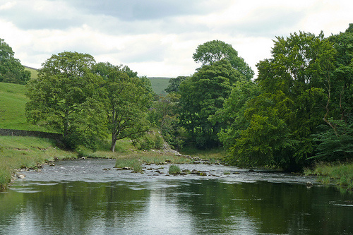 River Wharfe © flickr: Tim Green aka atoach