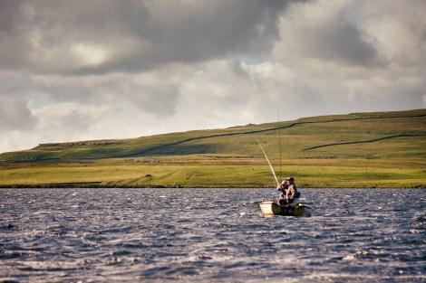 malham_tarn_drifting_boat1