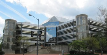 Neighborhood in the News: Intelsat's totally '80s HQ, and the totally 1800s vineyard