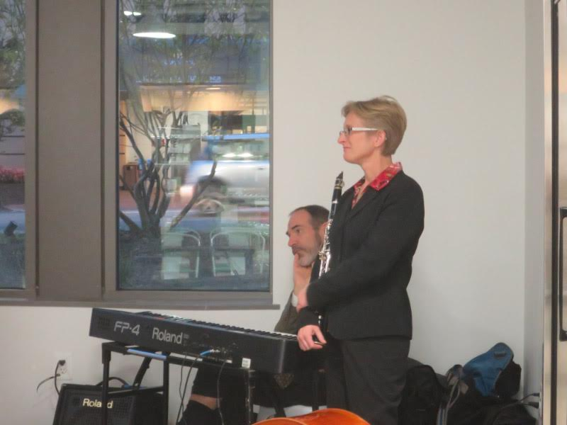 The evening's music was provided by the Levine School's Levine Entertains, with Anita Thomas on clarinet and Bob Sykes on keyboard.