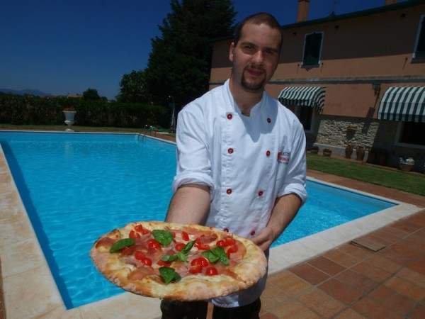 And what better way to experience life than by enjoying a vera pizza napoletana by our pool in Umbria!