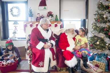 Daphne Wood sat down with Ms. and Mr. Claus during Breakfast with Santa at the Park District of Forest Park on Saturday, Dec. 10. | William Camargo/Staff Photographer