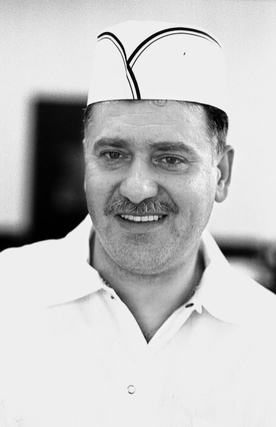 New restaurant owner, Louis Politis, in February 1999. His restaurant, Louie's Grill, 7422 Madison, has been serving locals breakfast and lunch for the past two decades in Forest Park.