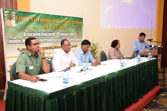 Head table – (From left) Kenny David (GFC Representative) Dr. Al Hassan Attah, Deonarine Ramsaroop (FPA President) Mona Bynoe (Facilitator) at podium, Mr. Khalawan (Project Coordinator).