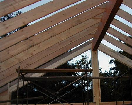 how to build a roof with a valted ceiling
