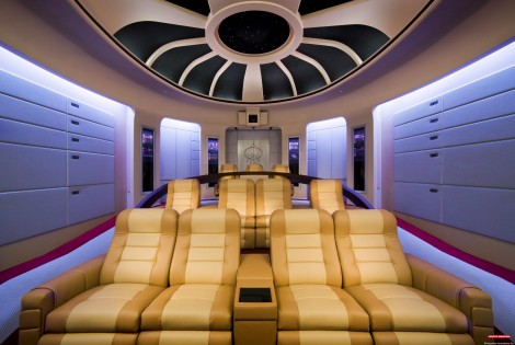 startrektng2 2 470x315 10 Awesome Home Theaters