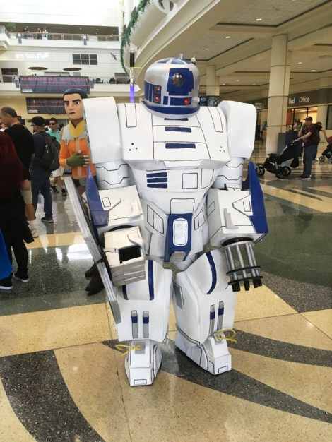 Star Wars Celebration Orlando 2017 - Mecha R2-D2