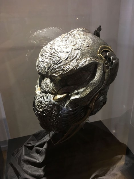 SDCC 2017 - Star Trek Discovery Klingon Bridge Officer Helmet