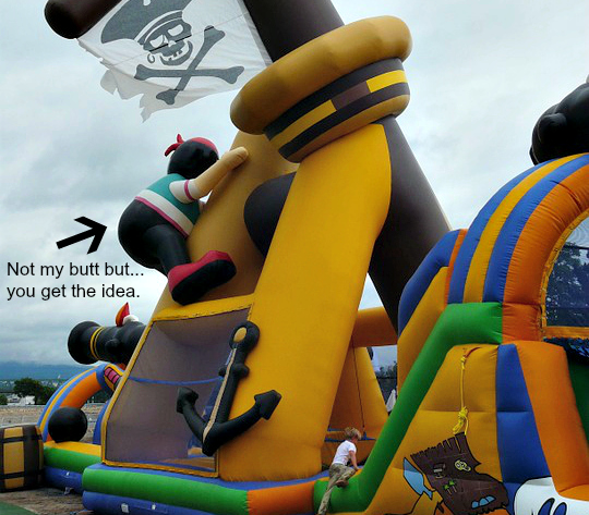 pirate-bouncy-castle-442863_960_720