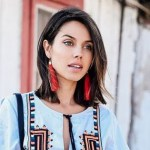 7 pendientes coloridos para iluminar tus looks en Semana Santa