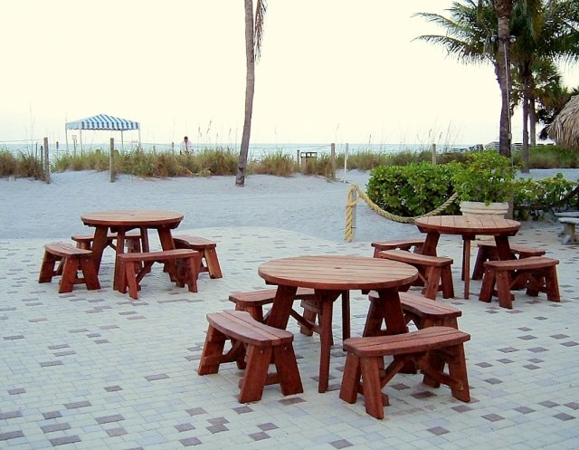 Round Picnic Tables (unattached benches), Built to Last Decades ...