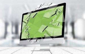 A broken screen Apple computer