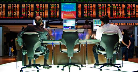 مقارنة بين سوق الاسهم و سوق الفوركس