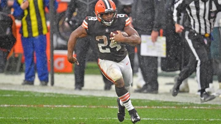 Miles Sanders bounces back, injury roundtable: Week 14 recap