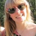 Anna Headshot