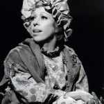 Carol_Burnett_charwoman_character_1974
