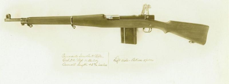 Bommarito rifle left side, action open