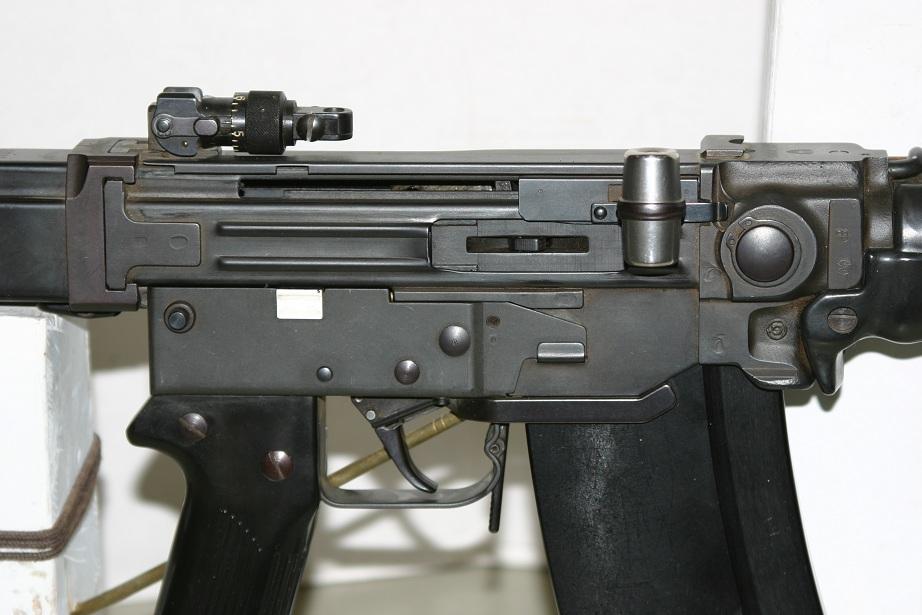 SIG Stgw 57 – Forgotten Weapons