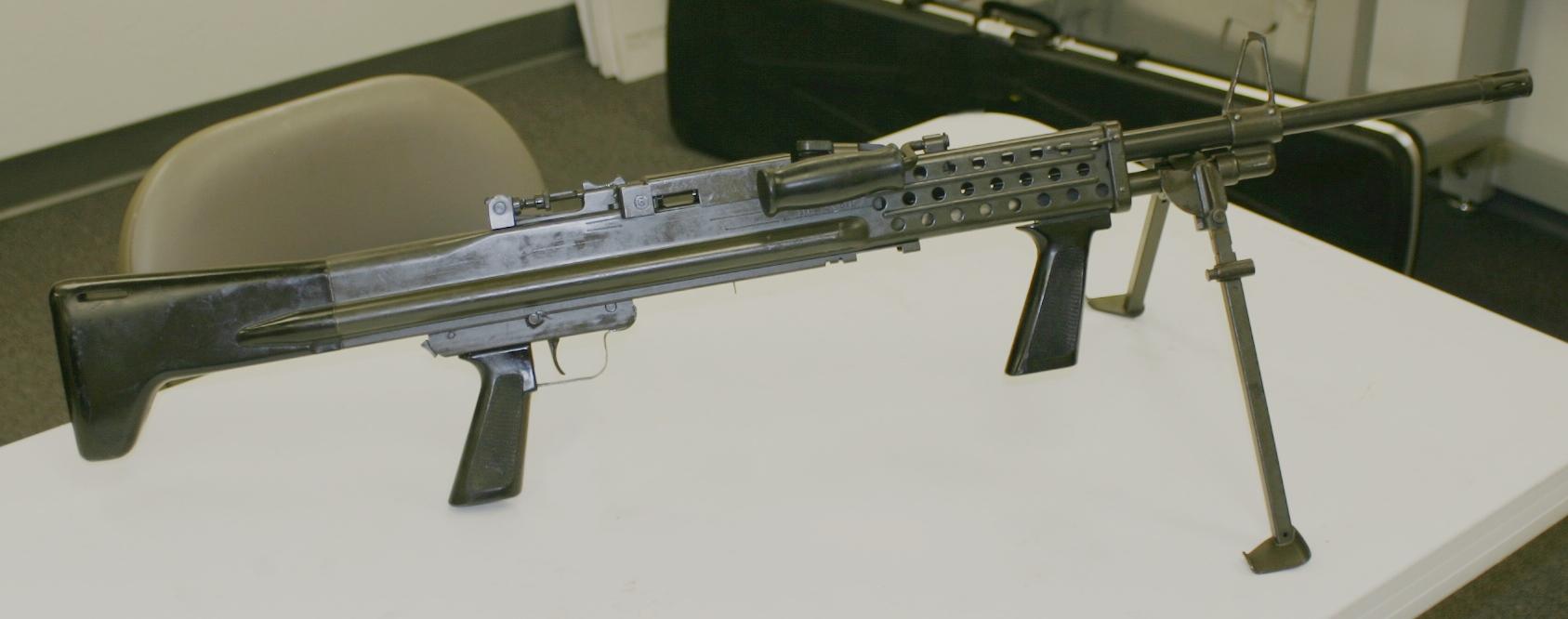 Colt CMG-2 Light Machine Gun Video and Manual – Forgotten Weapons