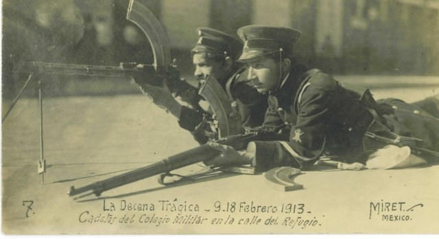 Mexican cadets with a Madsen and Mauser during La Decane Tragica